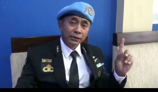 Ki Ageng Ranggasasana, salah satu pejabat Sunda Empire memastikan bahwa Raja Keraton Agung Sejagat Toto Santoso telah dipecat dari jabatan dan keanggotaan Sunda Empire, Minggu (19/1/2020) di Yogyakarta.