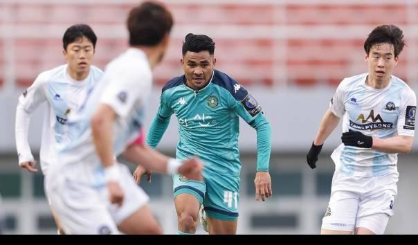 Asnawi Mangkualam saat melakoni debut bersama Ansan Greeners di Piala FA Korea Selatan, Minggu (28/3/2021) sore waktu setempat.